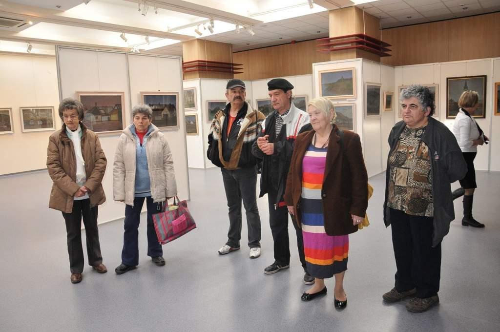 Bagi Béla kiállítást nézett meg a Wojtyla Ház csapata