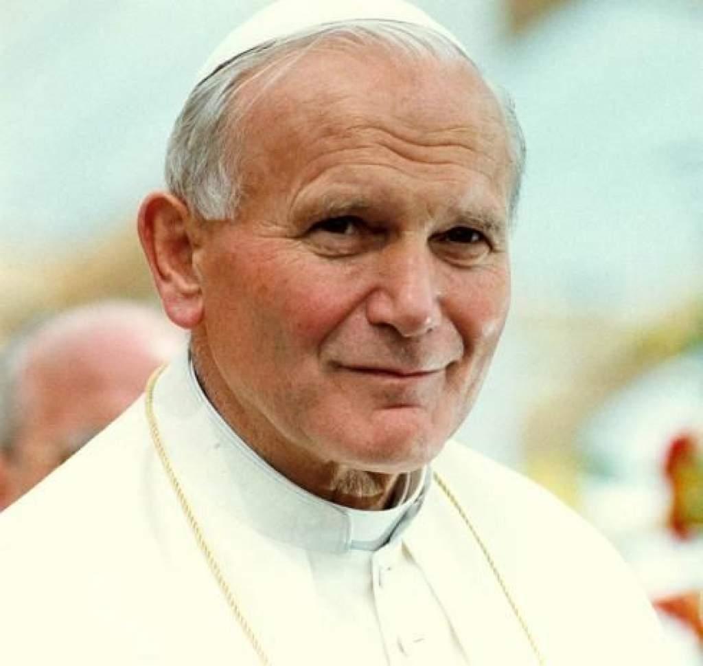 30 éve jelent meg II. János Pál első enciklikája