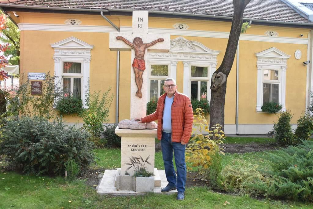 Dr. Temesváry Béla tartott előadást a Wojtyla Házban