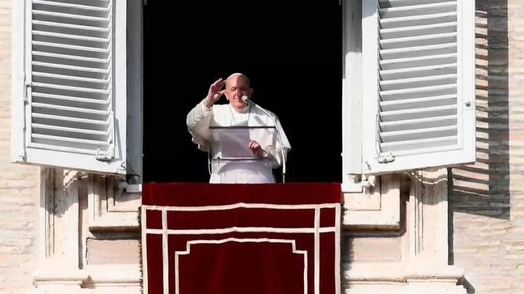 Ferenc pápa: A szenvedő testvér hozzánk tartozik, ő a jászolban fekvő Jézus!