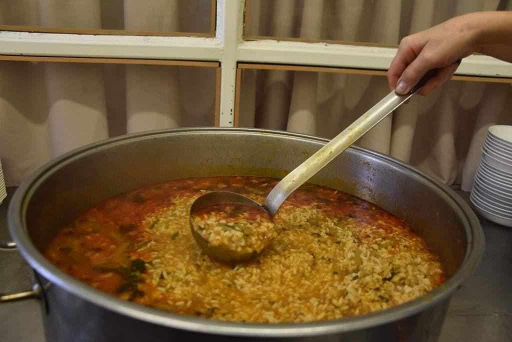 Az olasz konyhaművészet ízeit kóstolták a Wojtyla Ház szegényei
