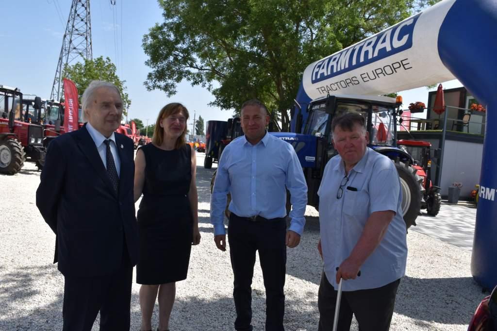 Lengyel nagyköveti látogatás a Royal Traktornál